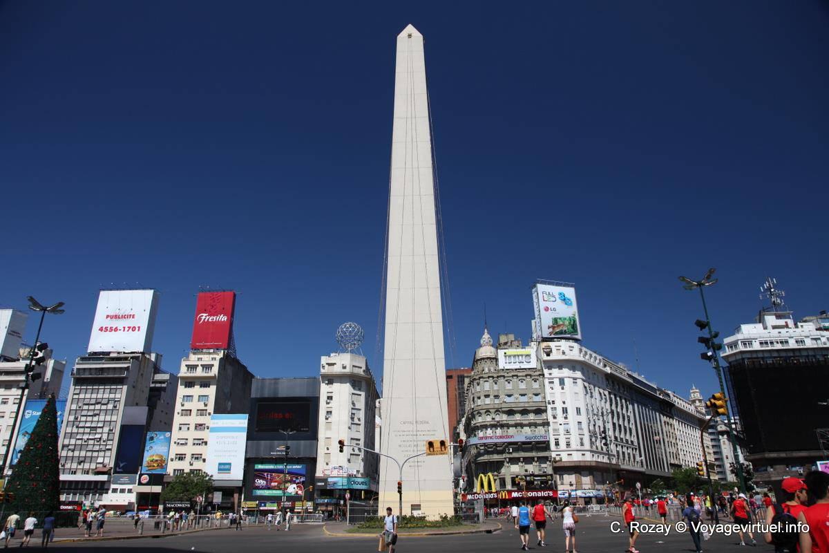 Plaza De La Republica Obelisco Buenos Aires Argentina