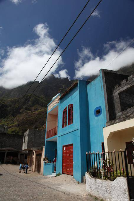 Maison bleue, vallée de Paul, Sao Antao: click on the image for all pictures Cape Verde