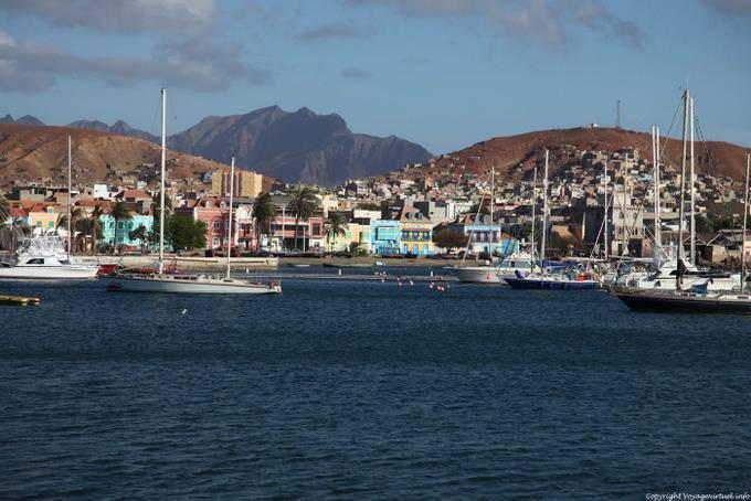 S o vicente mindelo general view of the city cape verde for Cap vert dijon piscine