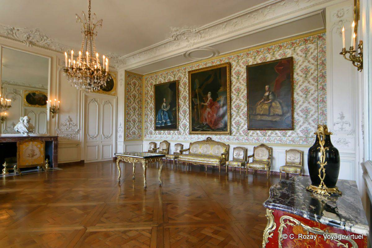 The room of madame adelaide versailles for Chateau de versailles interieur