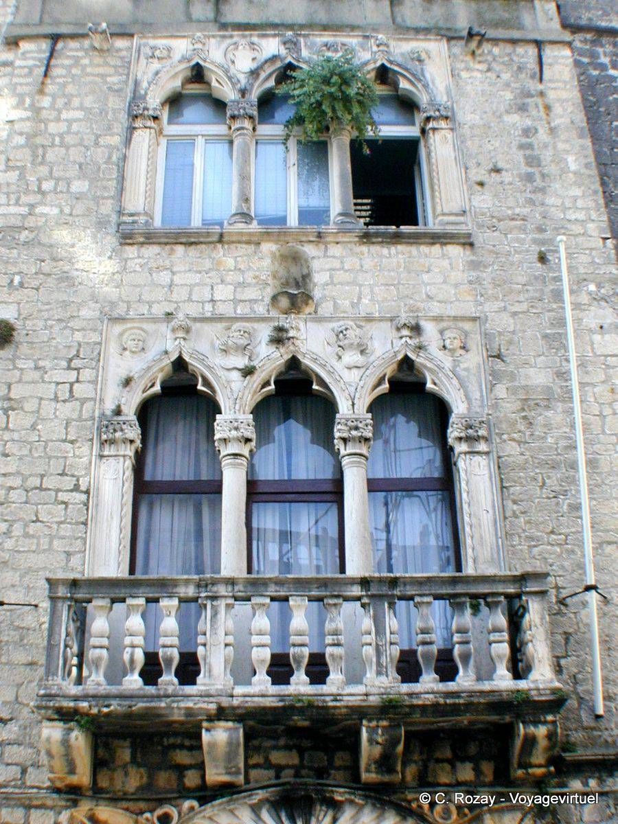 trogir renaissance and baroque architecture and windows