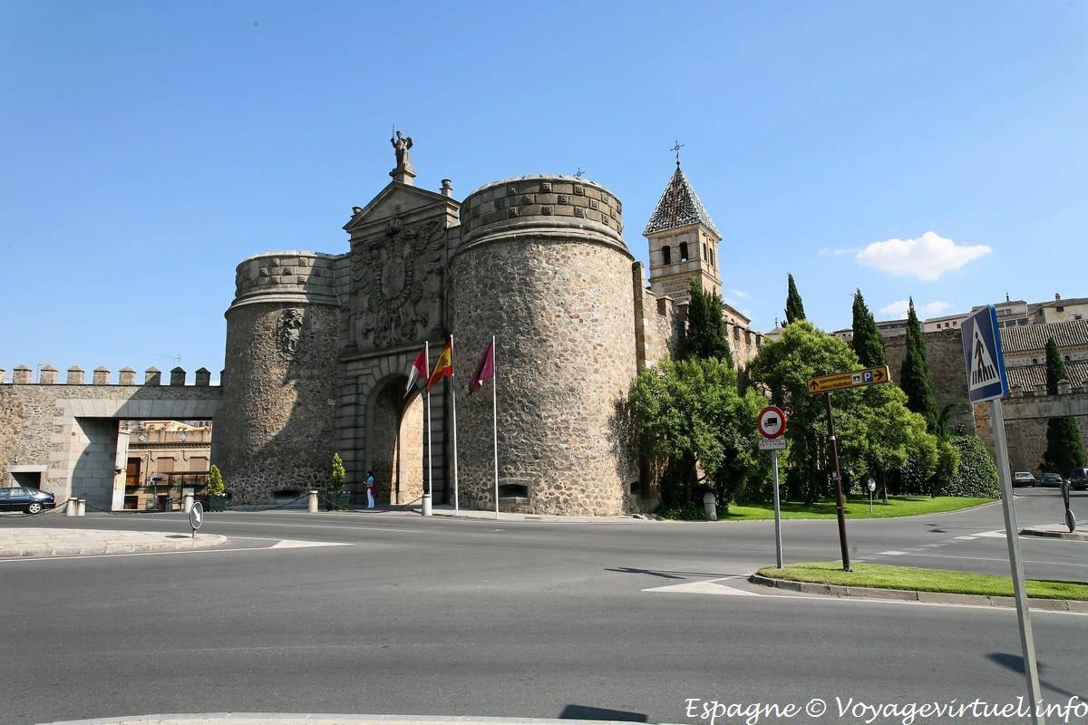 Toledo puerta nueva de bisagra spain - Bisagra de puerta ...