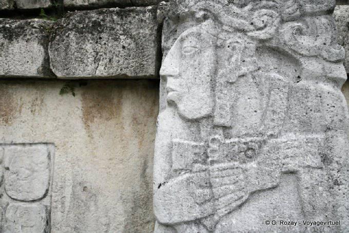 La Palacio de Palenque, El Palacio 20