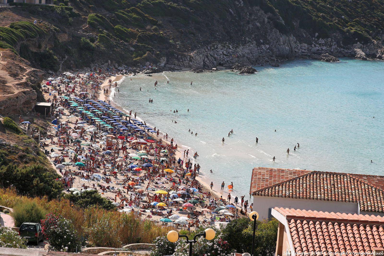 Santa teresa di gallura crowded beach sardinia for Santa teresa di gallura