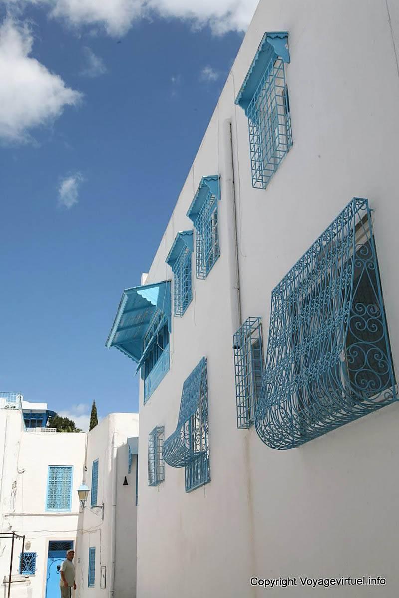 Sidi bou said window decorations tunisia for Decoration porte sidi bou said